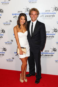 Rhiannon Fish and Lincoln Lewis at the 2010 Samsung Mobile AFI Awards.