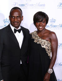 Julius Tennon and Viola Davis at the 2010 Princess Grace Awards Gala.