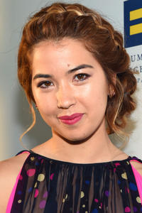 Nichole Bloom at The Human Rights Campaign 2017 Los Angeles Gala Dinner.