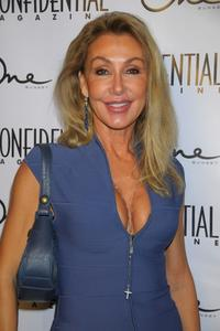 Linda Thompson at the Los Angeles Confidential Magazine and Niche Media's celebration.