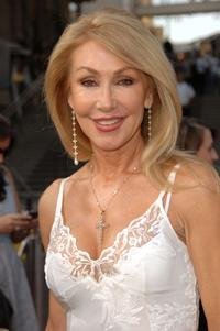 Linda Thompson at the 35th AFI Life Achievement Award tribute to Al Pacino.