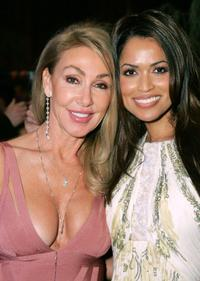 Linda Thompson and Tracey Edmonds at the Mercedes-Benz Oscar viewing party.