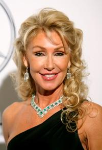 Linda Thompson at the 17th Annual Mercedes-Benz Carousel of Hope Ball.