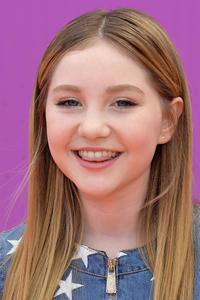 Ella Anderson at the Nickelodeon Kids' Choice Sports Awards 2017 in Los Angeles.