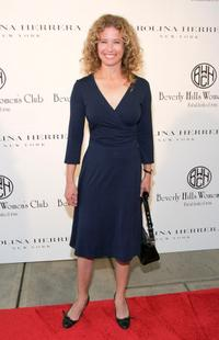 Nancy Travis at the Caroline Herrera Spring 2007 Fashion Show.