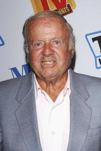 Dick Van Patten at the Museum of Television and Radio Cocktail Party.