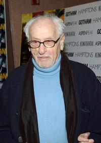 Eli Wallach at the New York premiere of