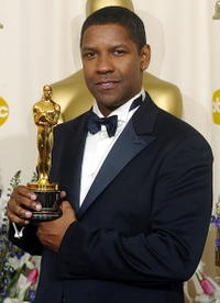 Denzel Washington at the 74th Academy Awards in Hollywood.