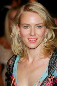 Naomi Watts at the Vanity Fair Oscar Party.