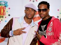 Marlon Wayans and Shawn Wayans at the 19th Annual Kid's Choice Awards.