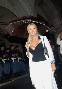 Barbara Bouchet at the 62nd Venice Film Festival premiere of