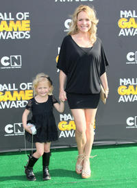 Alyvia Alyn Lind and Barbara Alyn Woods at the 2nd Annual Cartoon Network Hall of Game Awards in California.