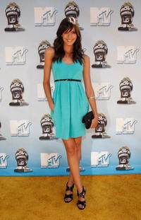 Odette Yustman at the 17th Annual MTV Movie Awards.