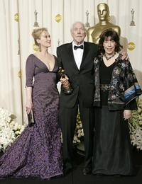 Robert Altman, Meryl Streep and Lily Tomlin at the 78th Academy Awards.