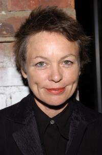 Laurie Anderson at the benefit
