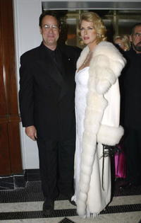 Dan Aykroyd and his wife Donna Dixon at the 19th Annual Rita Hayworth Gala .