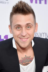 Roman Atwood at the VH1's 5th Annual Streamy Awards at the Hollywood Palladium.