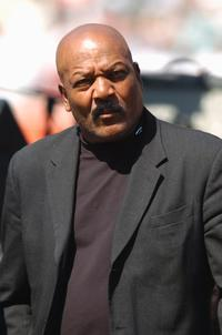 Jim Brown at the game between the Baltimore Ravens and the Cleveland Browns.