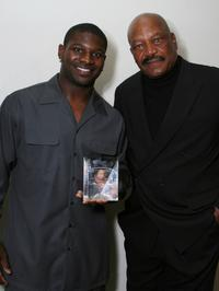 LaDanian Tomlinson and Jim Brown at the 22nd Annual Cedars-Sinai Sports Spectacular.