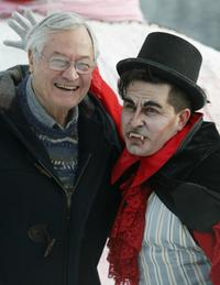 Roger Corman with an actor wearing a Dracula costume at a photocall for the
