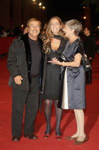 Lucio Dalla, Diana and Iliana de Curtis at the premiere of