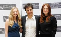Amanda Seyfried, Atom Egoyan and Julianne Moore at the photocall of