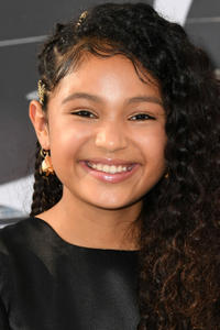 Eliana Su'a at the premiere of