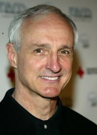 Michael Gross at the 2005 DVD Exclusive Awards.
