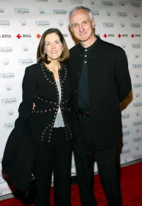 Elza Bergeron and Michael Gross at the 2005 DVD Exclusive Awards.