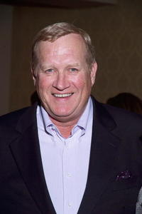 Ken Howard at the 2nd Annual Steppenwolf Theatre Fundraiser Cocktail Party.