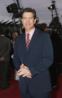 Chris Isaak at the 2004 ARIA Awards.