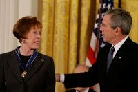Carol Burnett and U.S. President George W. Bush for a ceremony at the White House.