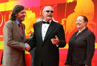 Emir Kusturica and Nikita Mikhalkov at the closing ceremony at the International Moscow Film Festival.