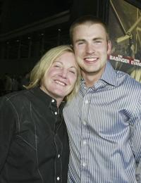 Lauren Lloyd and Chris Evans at the premiere of
