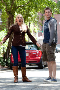 Anna Faris as Ally Darling and Chris Evans as Colin Shea in ``What's You Number?.''