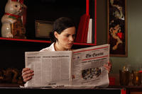 Emily Hampshire as Louise in ``Good Neighbors.''