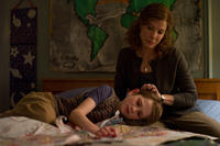 Thomas Horn as Oskar Schell and Sandra Bullock as Linda Schell in ``Extremely Loud & Incredibly Close.''