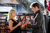 Reese Witherspoon as Lauren and Chris Pine as FDR Foster in ``This Means War.''