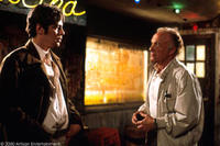 Benicio Del Toro as Longbaugh and James Caan as Sarno in