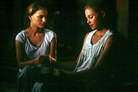 Ashley Judd and Natalie Portman in