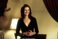 In the Revolution Studios/Columbia Pictures romantic comedy AMERICA'S SWEETHEARTS, Julia Roberts stars as Kiki Harrison.
