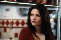 Catherine Zeta-Jones stars as Gwen Harrison in the Revolution Studios/Columbia Pictures romantic comedy AMERICA'S SWEETHEARTS.