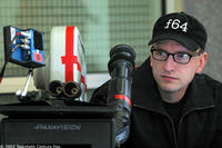 Director / writer / editor / cinematographer Steven Soderbergh on the set of