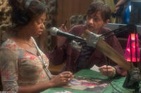 Taraji Henson as Shug and DJ Qualls as Shelbyin a scene from