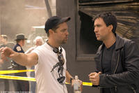 Director Mark Steven Johnson and Nicolas Cage on the set of the film