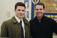 Ryan Phillippe and his real-life counterpart, Eric O'Neill, on the set of