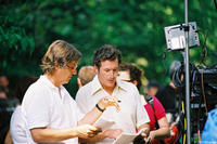 Director Lasse Hallström and Richard Gere on the set of the film