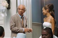 Mr. Wong (Eddie Murphy) and Kate (Thandie Newton) in
