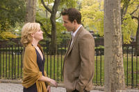 Elizabeth Banks and Ryan Reynolds in