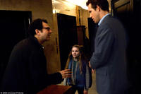Adam Brooks, Ryan Reynolds and Abigail Breslin on the set of